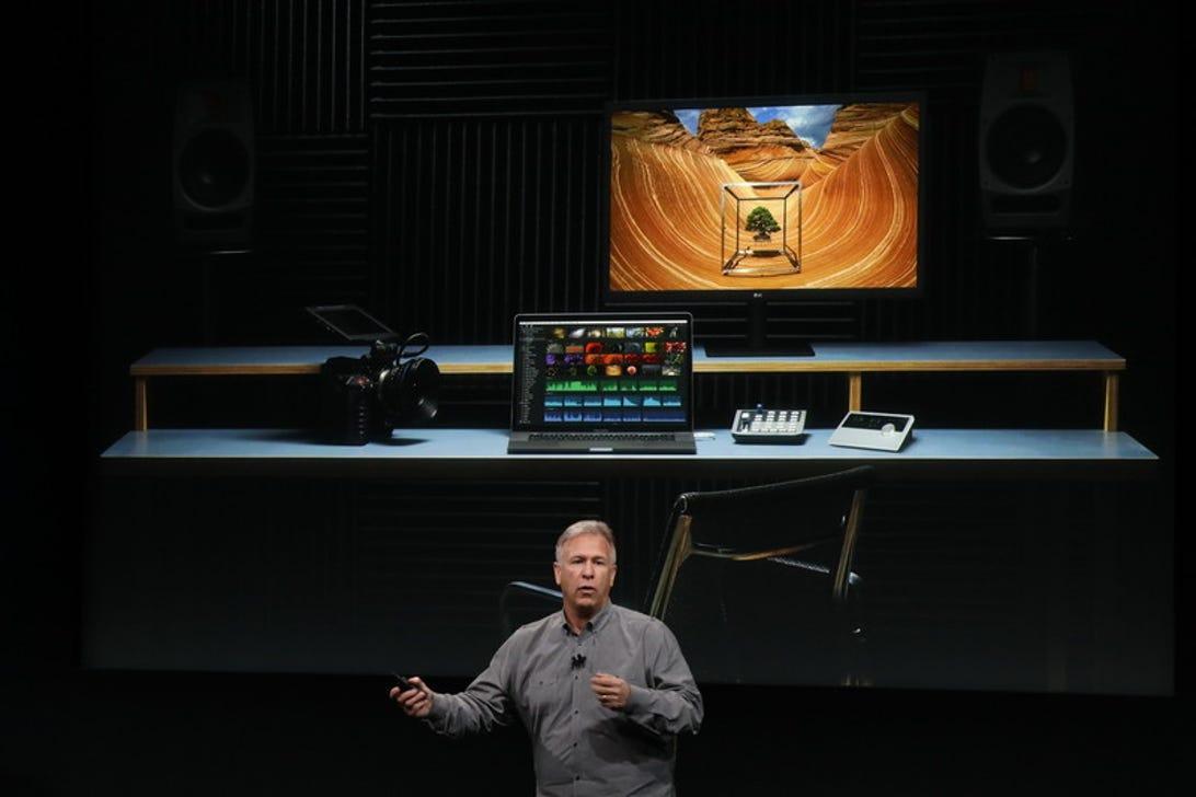 apple-event-mac-displays.jpg