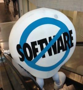 cloud-no-software-cropped-salesforce-conf-11-2014-photo-by-joe-mckendrick.jpg
